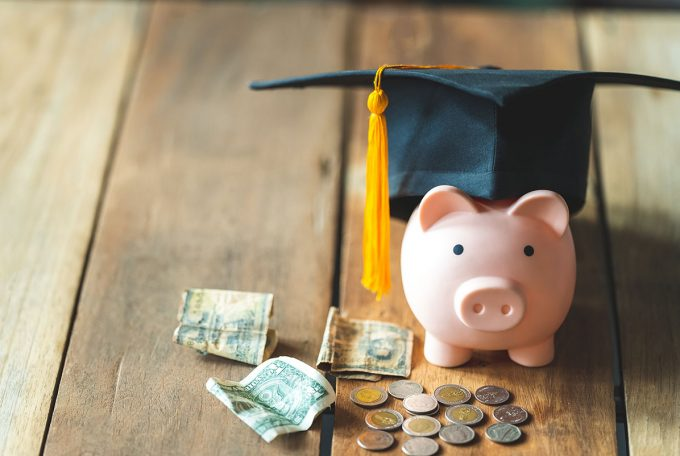Are Divorced Parents Required to Pay for College in Arizona?